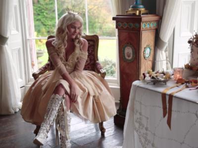 Romantic 18th Century Wedding • Purton House Wedding • Styled Shoot